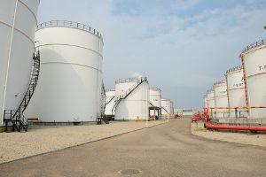 oil-storage-tanks